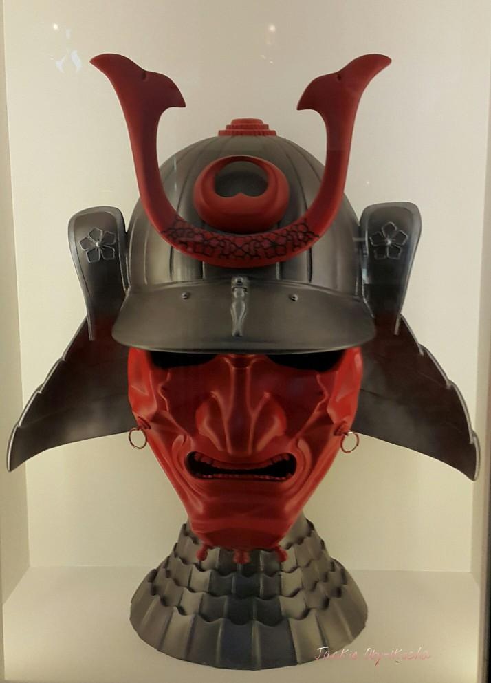 Mask[1]