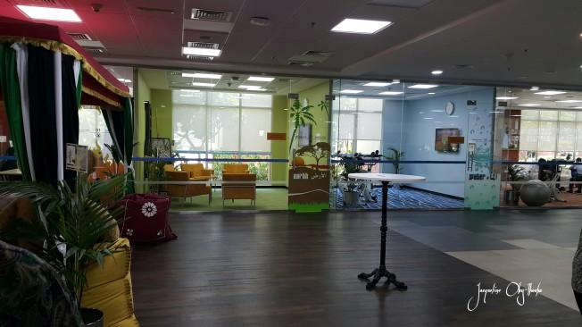 Gym, meeting corner, reading area...