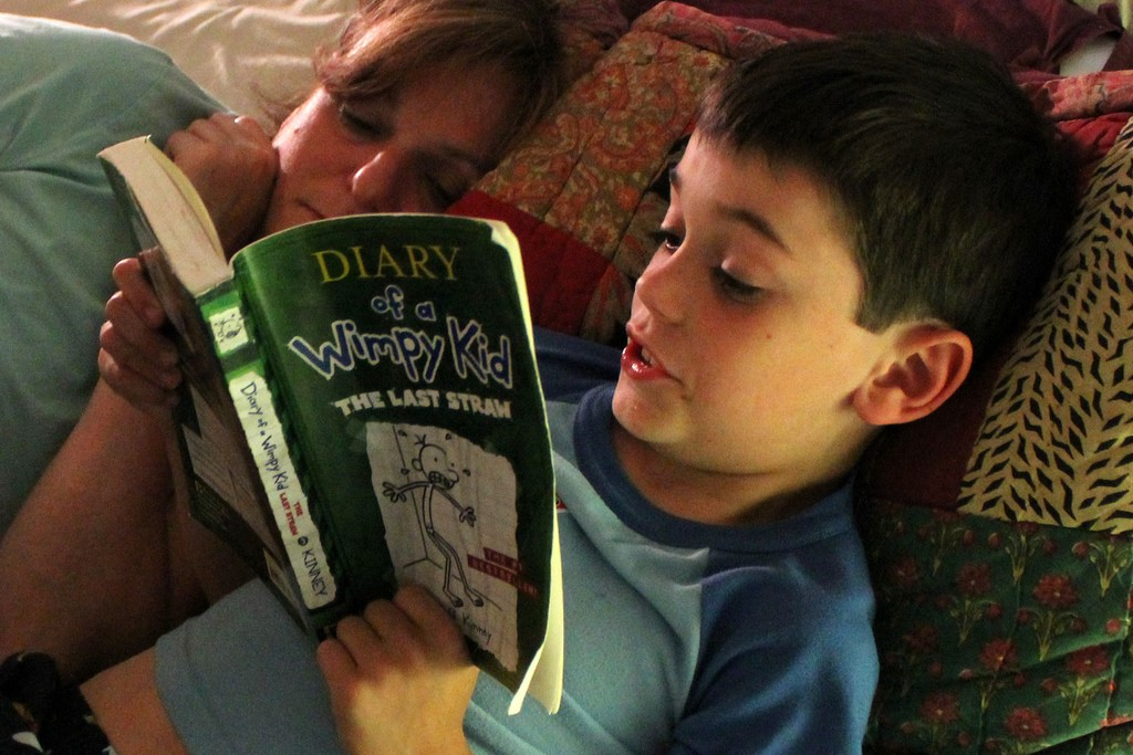Kid Reading, Diary of A Wimpy Kid