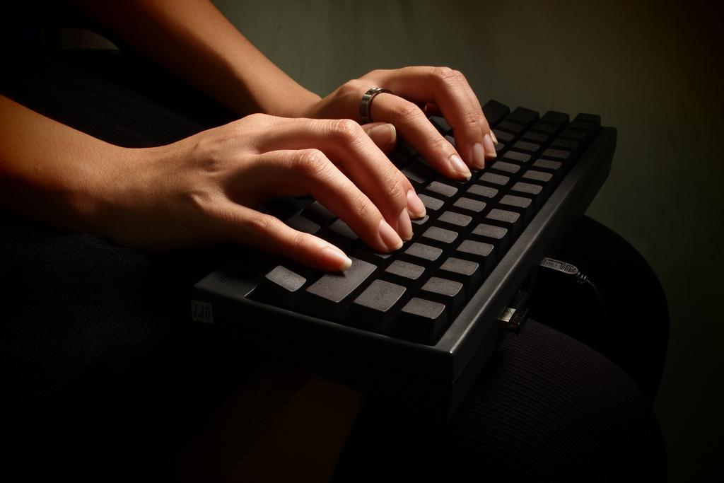 Computer, Typing, Blogging, Writing, Keyboard